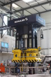 3.000 Tonnen Presskraft: Schweiz: Imbach & Cie nimmt Power-Presse in Betrieb