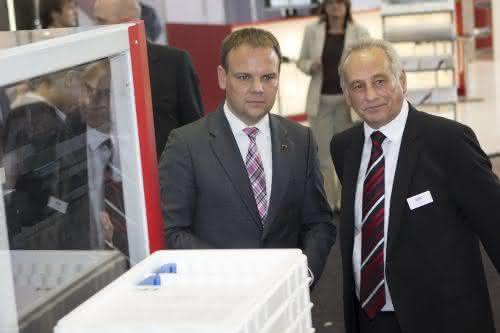 IEF-Werner erfolgreich auf der Motek: Hoher Besuch aus dem Wirtschaftsministerium