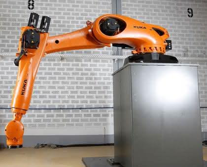 Automatisierung Kunststofftechnik: Automatisieren nach Maß