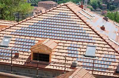 Solardach-Ziegel