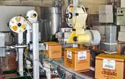 Individuelle und automatisierte Kennzeichnung bei der Weinproduktion.: Label: Wahrheit des Weins