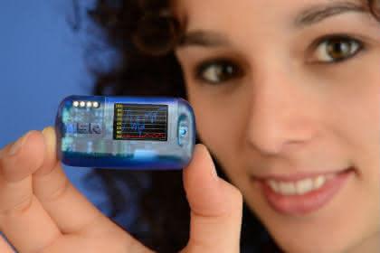 Das physikalische Labor: Funk-Datenlogger mit BLE, OLED-Display und MSR SmartCloud