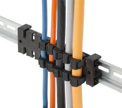 Zugentlastungsleisten: Ordnung mit Leitungs-Kamm
