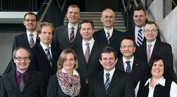 News: Eröffnung des Instituts für Leichtbau mit Hybridsystemen (ILH)
