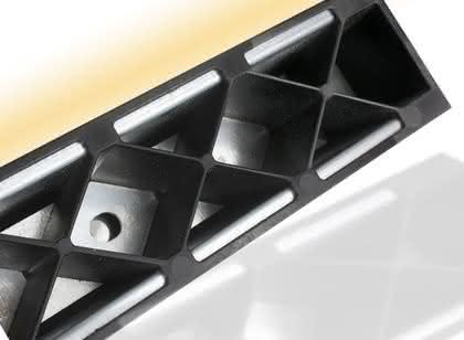 Haftvermittler Vestamelt: Aluminium-Kunststoff-Hybrid geht in Serie