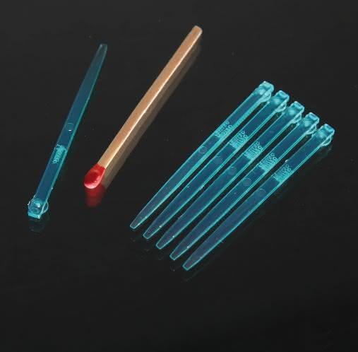 Herstellung von Kunststoffteilen für die Medizin- und Elektronikindustrie: Heißkanalsystem für medizintechnische Mikroteile
