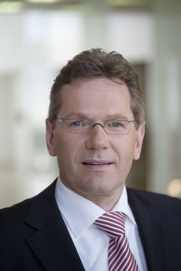 News: RWE-Schneider neuer VDE-Präsident