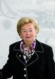 Märkte + Unternehmen: Ursula Lapp erhält Ehrenpreis für das Lebenswerk