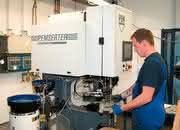 Einpresstechnik: Verbindungselemente prozesssicher eindrücken