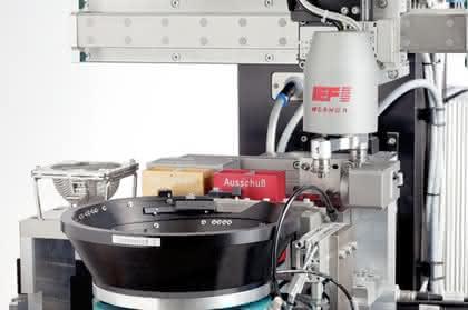 Montagetechnik: Montagezelle: Überlagerte Prozesse