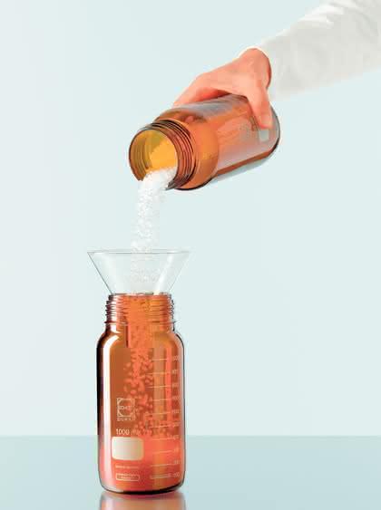 Weithalsglasflaschen GLS80: Weithalsglasflaschen