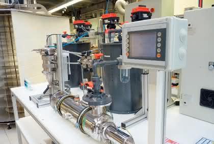 Umweltanalytik + Reinstwasser: Abwasser reinigen mit UV-Licht