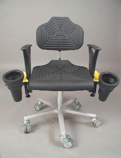 Classic-Drehstuhl: Sitzenbleiben – maßgeschneidert