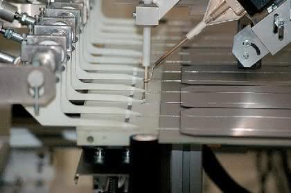 Betriebsstoffe: Flexibel in Form, Farbe und Größe