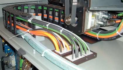 Kabeleinführungssystem: Sicheres Stecken