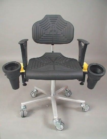 Arbeitsstühle: Sitzenbleiben