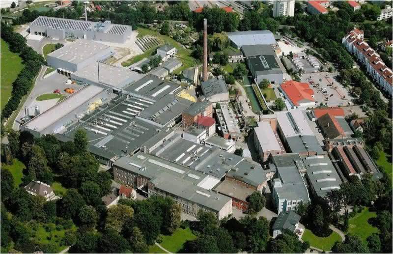 Kostensenkung durch Zentralisierung der Lagerlogistik in der Vliesstoffproduktion: Vorgehen nach Plan