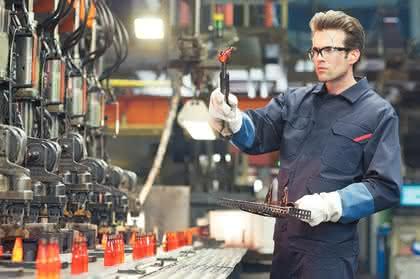 Schutzkleidung Gießerei, Schutzkleidung Glasindustrie, Schutzkleidung Zementproduktion: Eine für alles?