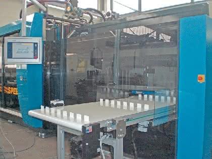 Thermoforming, Beutel für Medizintechnik: Schneller stapeln  und Beutel füllen