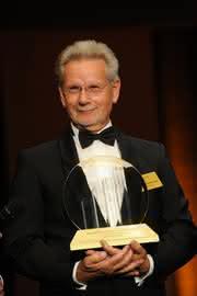 """Märkte + Unternehmen: Dr. Manfred Wittenstein ist """"9""""Entrepreneur des Jahres 2011"""""""