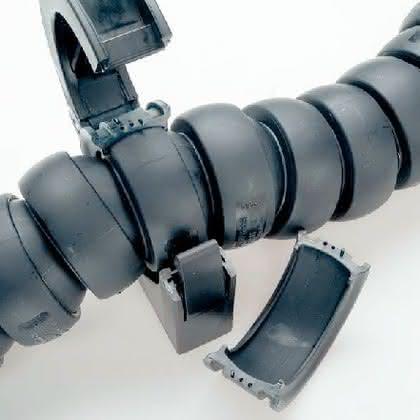 Kabelschutzsysteme: Ohne Momente