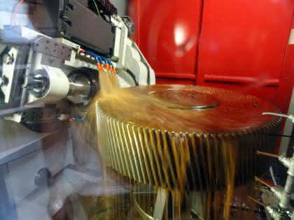 Großzahnräder entsprechen QM-Standards: In Automotive-Qualität