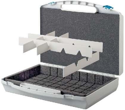 Koffer mit Kammstegraster: Flexibles Kofferinnenleben
