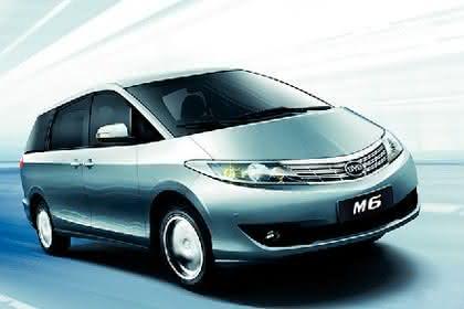 Kunststoffe für den Fahrzeugbau: TPV soll die Kosten  senken