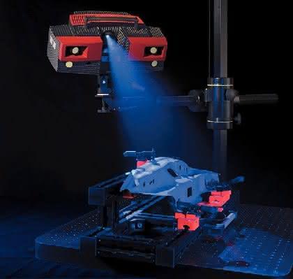 Atos Triple Scan: Mobiler 3D-Scanner  beschleunigt Modellbau und Bemusterung