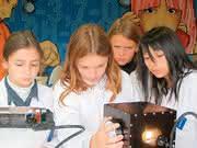 Chromatographie: Kurzbericht über ein KNAUER-Firmenjubiläum