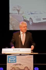 Märkte + Unternehmen: E Car Tec Award 2010: Bayerischer Staatspreis für innovative und nachhaltige Elektromobilität verliehen