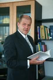 IT & Business: IT-Lösungen für den Mittelstand im Fokus (Interview mit Ulrich Kromer, Geschäftsführer der Messe Stuttgart)