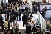 Märkte + Unternehmen: Cebit 2011: steuert auf Wachstum zu