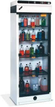 Produkt-News: Chemikalienschränke mit Filtersystem ohne Abluftleitung