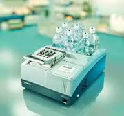 Microarray-Hybridisierungs-Stationen HS 400/4800 Pro: Vollautomatische Microarray-Hybridisierung