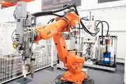 Robotik: Ganzheitliches Kleben