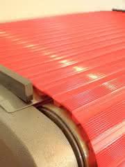 Modultransportbänder: Bänder rasten