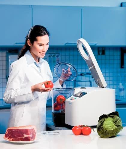 Messermühle GRINDOMIX GM 300: Homogenisierung von Lebensmitteln