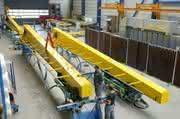 Material Handling: Druckluft treibt den Kran
