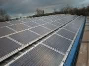 Märkte + Unternehmen: Umfrage: Preise von Photovoltaikanlagen im ersten Halbjahr deutlich gesunken