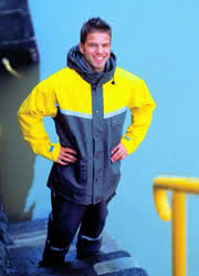 Wetterschutz-Kleidung: Nicht nur für Garten- und Landschaftsbauer