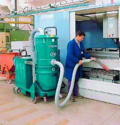 Industriesauger: Saubere Maschinen