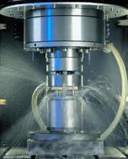 Elektrochemische Metallverarbeitung: Erodieren mit vibrierender Elektrode