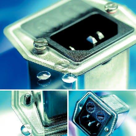 Gerätesteckerkombielement: Schutz vor  Partikeln und Flüssigkeiten