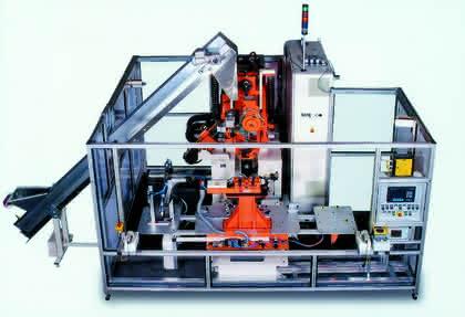Montagetechnik (2,5 Seiten): Gesicherte Verbindung