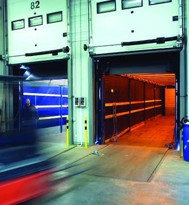 Lager und Logistik: Verladen und ausliefern