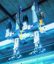 Antriebe und Steuerungen: Kostenbremse Baukasten