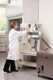 Laborsprühtrockner: Dreistoffdüse  erweitert Anwendungsspektrum