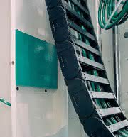 Werkzeugmaschinen: Horizontal fräsen, vertikal dämpfen