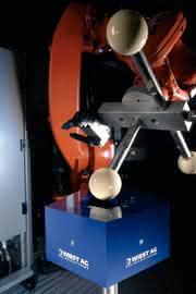 Roboter-Kalibriersystem: Nach einem Greifer-Crash